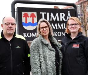 Bilden föreställer Hasse Peterzon Sundsvalls Bergvärme, Camilla Abrahamsson ordförande Företagarna Timrå och Ulrika Jason, Jason Montage
