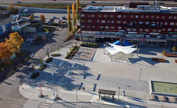 Bilden föreställer torget i Timrå centrum