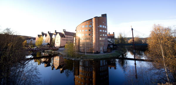 Bilden föreställer Mittuniversitetets byggnad. Foto:Sandra Pettersson