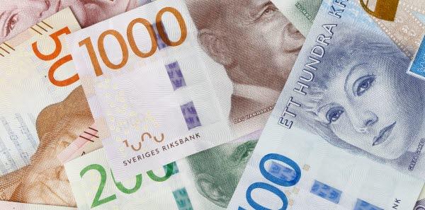 Bilden visar svenska sedlar