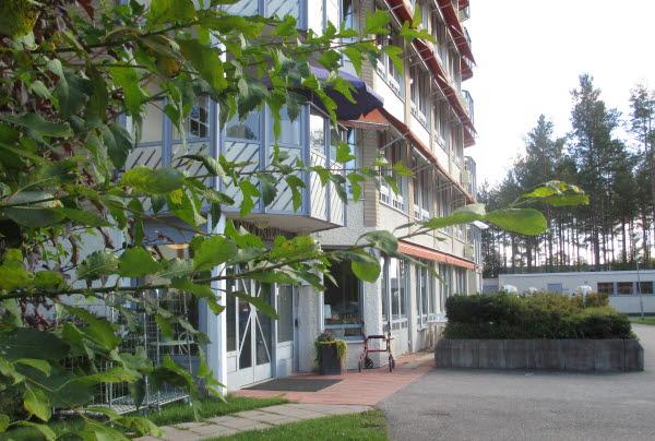 Bilden visar ingången till Tallnäs vård- och omsorgsboende