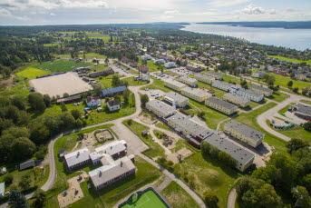 Bilden föreställer ett bostadsområde fotograferat från ovan.